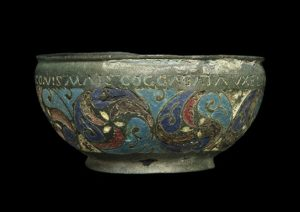 celts-hadrians-wall-bowl_544x384